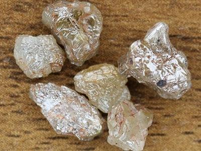 Numerous Industrial Diamonds